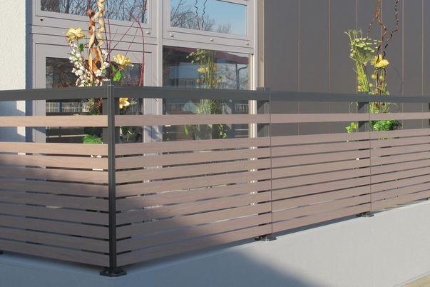 Frontline-Horizontal Geländer - mit Füllungsstäben 60 in Holzdekor, Steher und Handlauf in Standardfarbe.