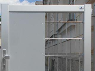 Durchgreifschutz für Zaunbau-Tore