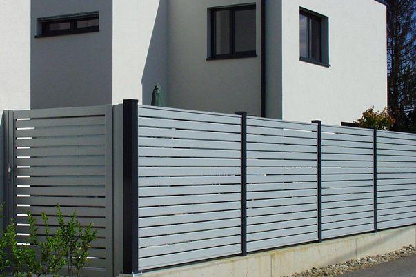 Sichtschutz Zaun Lattenfuellung Horizontal -