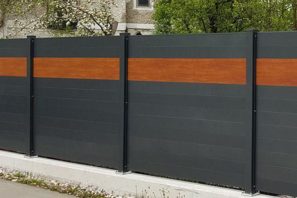 Sichtschutz-System Staketto150 - mit Schmuckfarbe in Holzdekor