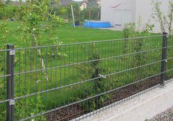 Draht-Gitter-Zaun