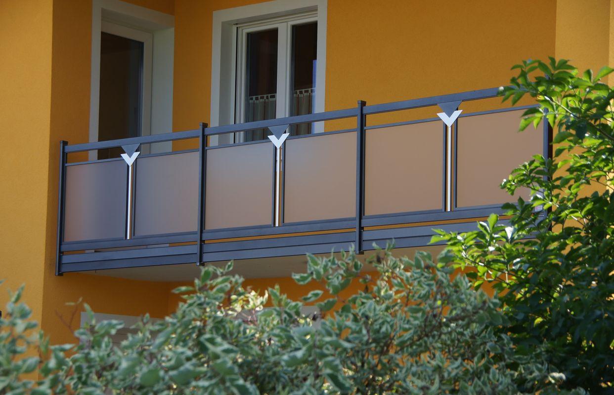 Decor perfor e garde corps balcons en alu - Plexiglass pour garde corps ...